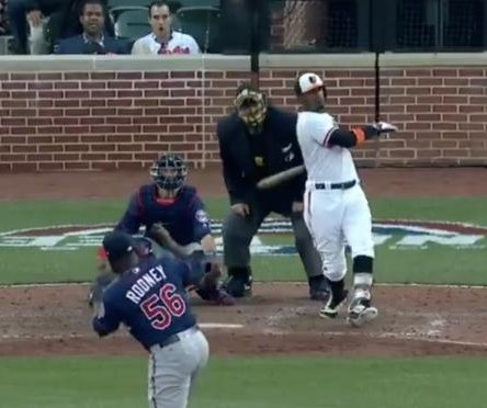 Adam Jones saves Orioles with walk-off homer