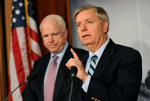 Graham, McCain, Obama meet on immigration