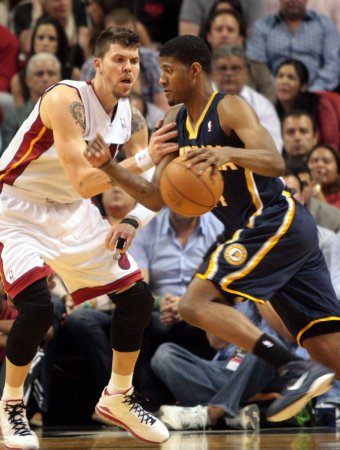 Pacers pound glass, beat Heat