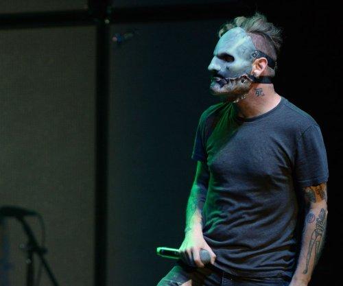 Slipknot singer Corey Taylor 'okay' after hard fall during Atlanta show