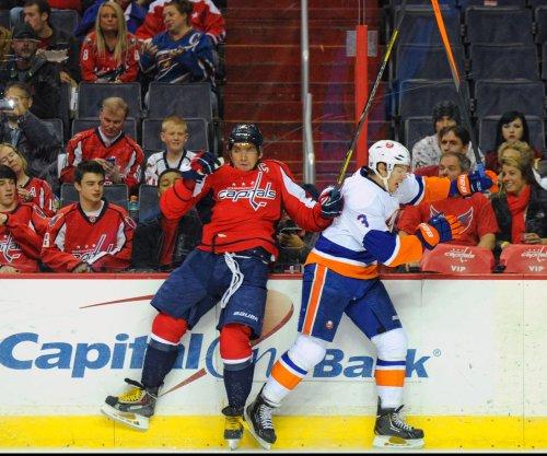 New York Islanders trade Travis Hamonic to Calgary Flames