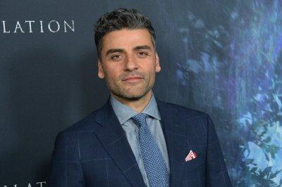 Oscar Isaac says he married Elvira Lind before son's birth