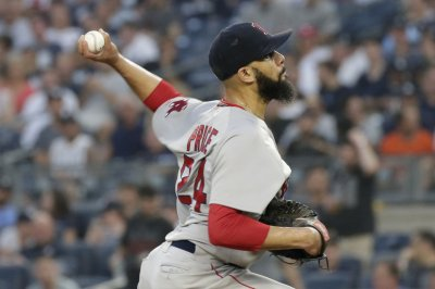 Indians look to take series from Red Sox