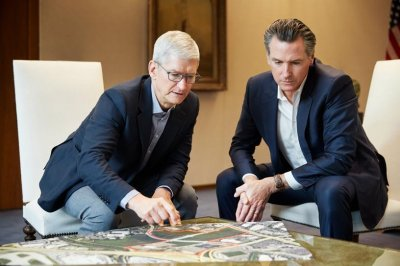 Apple pledges $2.5B to help address California housing crisis