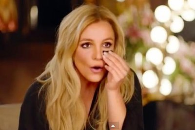 Britney Spears puzzles fans with Super Bowl commercial