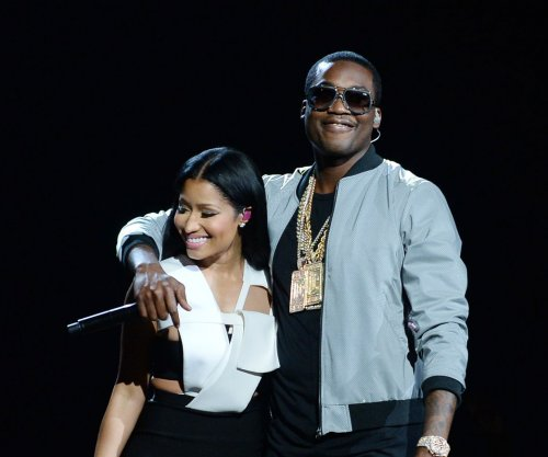 Nicki Minaj calls Meek Mill her 'husband' in concert
