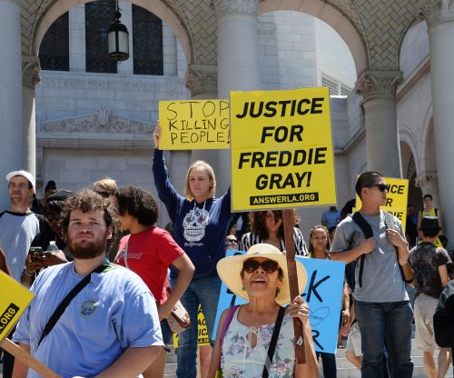 Judge denies motion to dismiss charges against Baltimore police officers