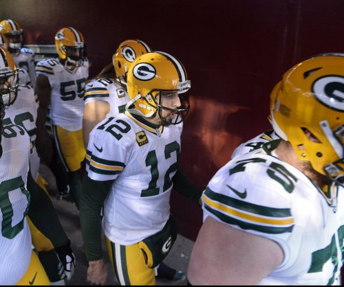 Green Bay Packers hold off New York Giants for 23-16 win