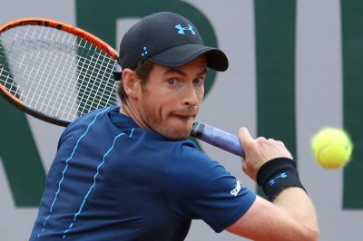 2017 French Open: Top-seeded Andy Murray advances to third round
