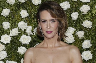 Sarah Paulson hints at relationship with Alison Pill in 'American Horror Story'