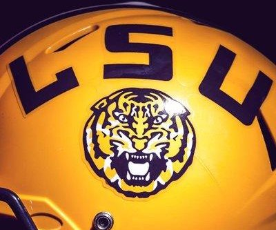 No. 20 LSU races past reeling Tennessee