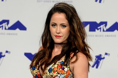 Jenelle Evans' husband posts photo with Confederate flag