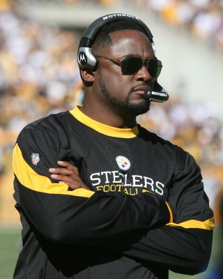 Report: Steelers extend Tomlin's contract