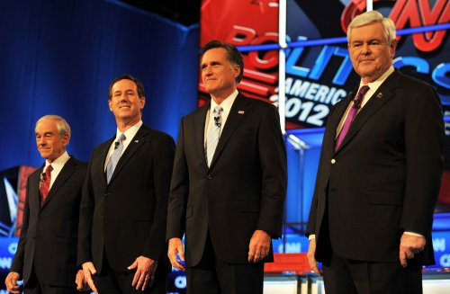 Santorum fends off rivals at GOP debate