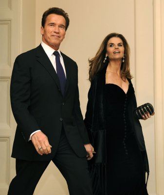 Maria Shriver allegedly scrubbed from Arnold Schwarzenegger's official portrait