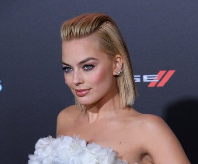 Margot Robbie spotted with motorcycle on 'Suicide Squad' set