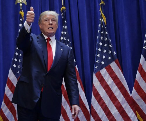 Donald Trump deletes retweet about Jeb Bush's wife