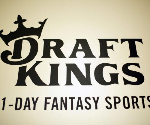 New York moves to lift ban on daily fantasy sports sites
