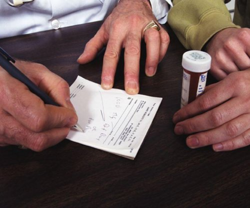 Painkiller prescriptions more prone to errors if handwritten