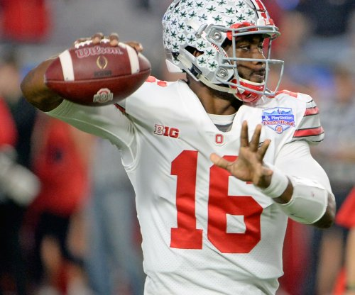 No. 9 Ohio State blasts Illinois to win division