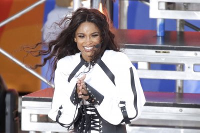 Ciara performs, announces tour on 'Good Morning America'