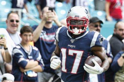NFL receiver Antonio Brown pleads no contest in battery case, gets probation