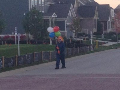 Creepy clown sightings go nationwide