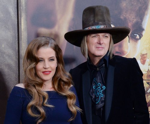 Lisa Marie Presley files for divorce from Michael Lockwood