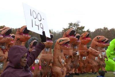 175 don T-Rex costumes for annual Virginia run