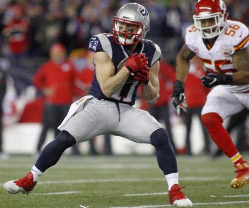 New England Patriots WR Julian Edelman comes off PUP, returns to practice