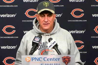 Chicago Bears DC Vic Fangio takes shot at group he 'inherited'