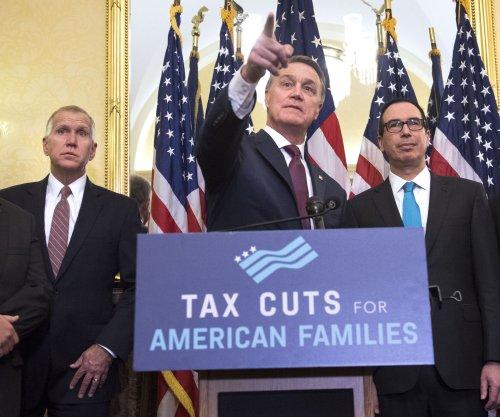 Senate tax bill delays corporate cut until 2019