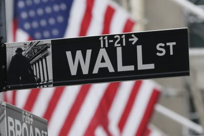 Dow Jones, S&P 500 exiting correction territory after 4-day winning streak