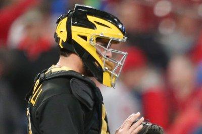 Pirates' Francisco Cervelli says he'll catch again despite concussion risks