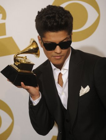 Report: Bruno Mars to enter guilty plea
