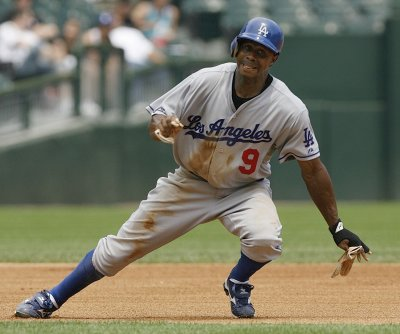 White Sox acquire Pierre from Dodgers