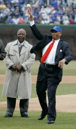 Editing required for Ernie Banks statute