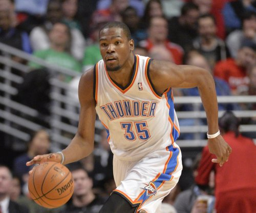 Kevin Durant, Oklahoma City Thunder power past San Antonio Spurs