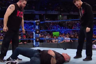 WWE Smackdown: Owens, Zayn brutally attack McMahon