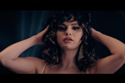 Selena Gomez shares 'Dance Again' performance video