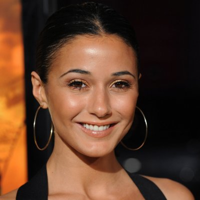Chriqui to guest star on 'The Borgias'