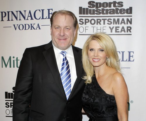 Curt Schilling reaches settlement in video-game company case