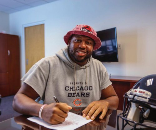 Chicago Bears' Charles Leno Jr. signs $38M extension