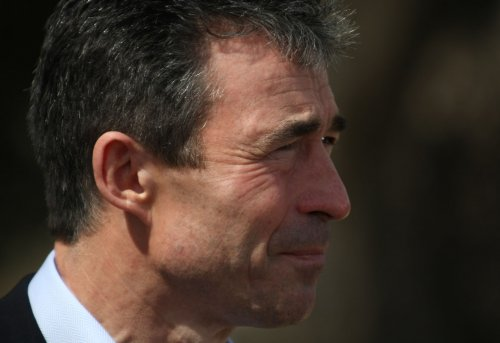 Rasmussen seen as next NATO leader