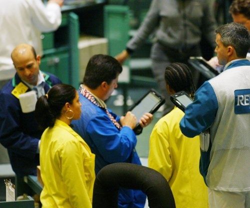 Oil prices in stand-still mode on competing trends