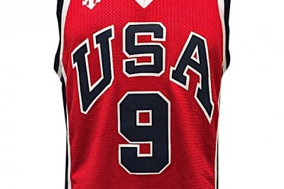 Michael Jordan's 1984 USA jersey has minimum bid of $10K