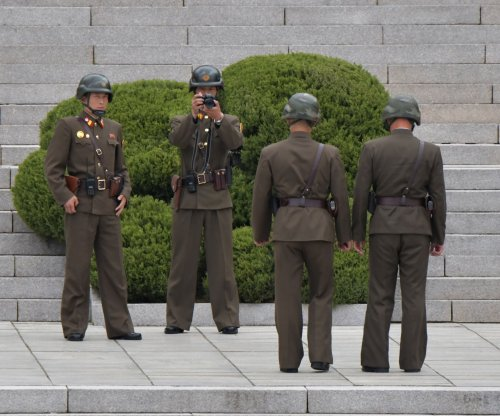 Report: North Korea border guards do not carry bullets