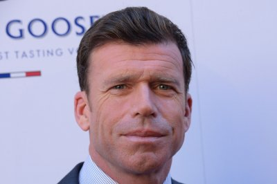 Taylor Sheridan donates 'Wind River' royalties to Native American women's group