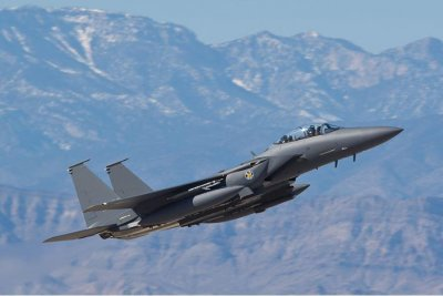 Boeing tapped for F-15E warning system development, testing