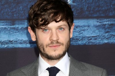 Iwan Rheon: Ramsay deserved 'horrible' death on 'Game of Thrones'